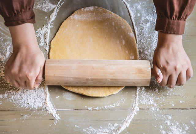 bake-baker-bakery-1251179